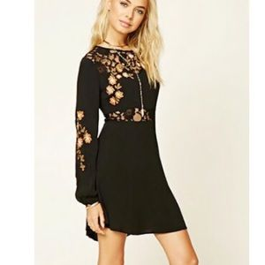 Forever 21 Floral Lace Mini dress